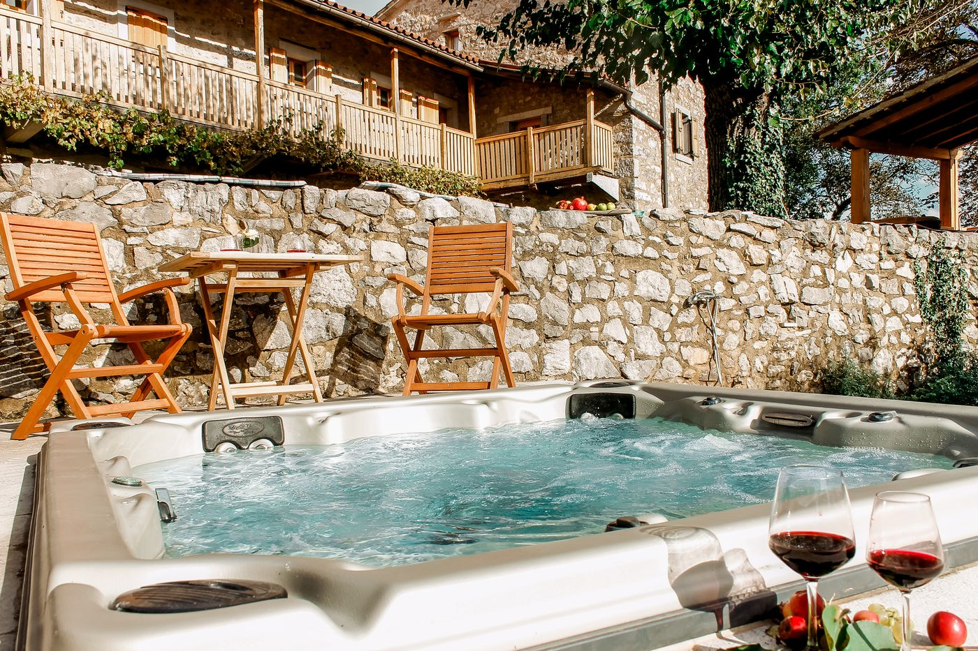 Outdoors Jacuzzi Asa Residence Private Villa Kras Slovenia