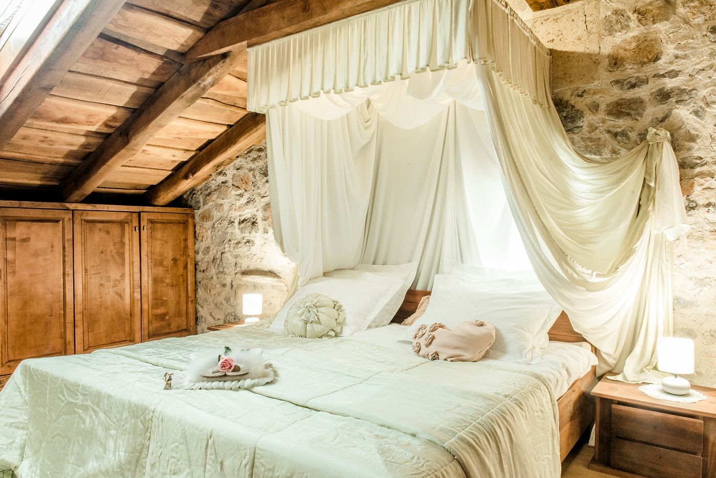 Master Bedroom Royal Suite Asa Residence Private Villa Kras Slovenia