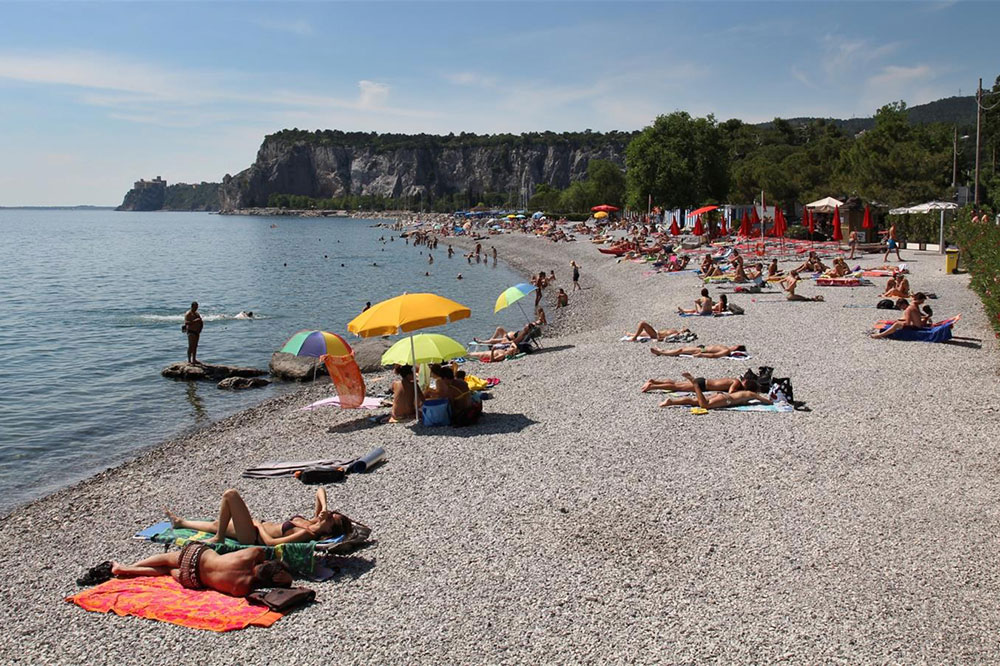Local Beach Sistiana Asa Residence Private Villa Kras Slovenia